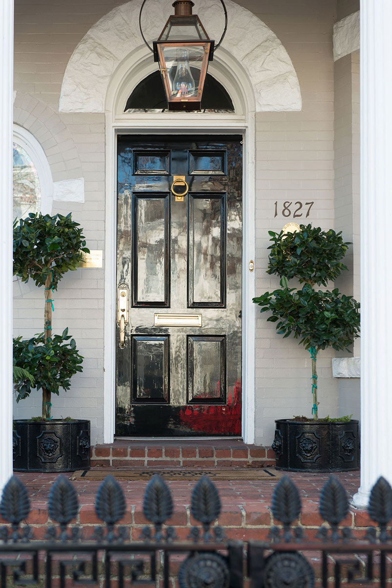 HJ_Painting_Door_Fine_Paints_Black_Completed-4827